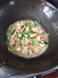 家常菜炒鸡肉