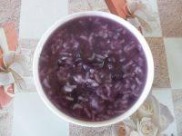 美味早餐紫薯银耳粥