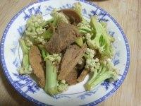 美味的菜花炒肉