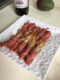 家常菜培根金针菇卷
