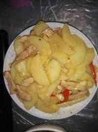 家常菜土豆炒肉片
