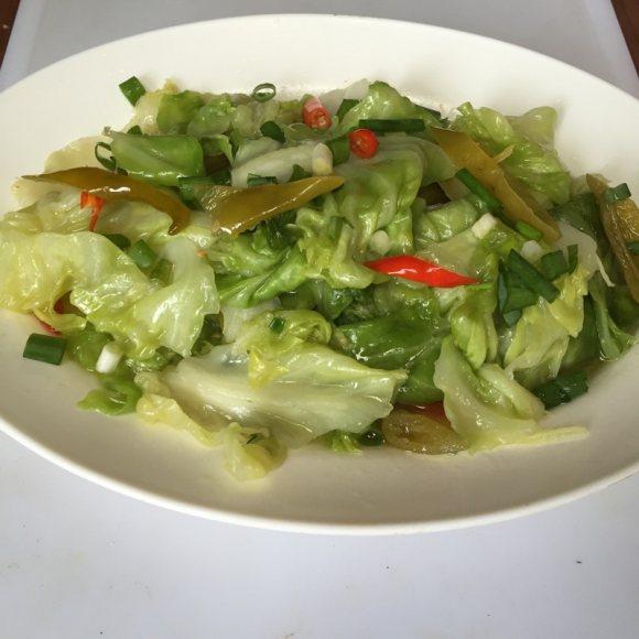 泡椒卷心菜