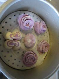 意犹未尽的玫瑰花卷