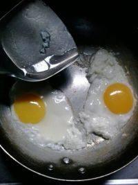 美味早餐荷包蛋