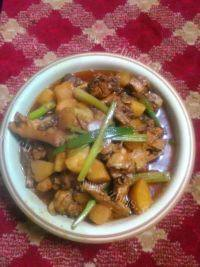 家常菜土豆炖鸡