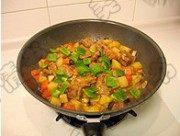 家常菜土豆炖肉排