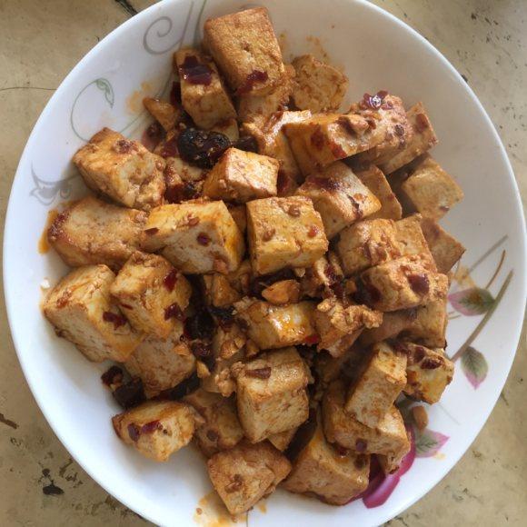 香喷喷的炒豆腐