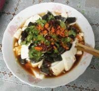 家常菜皮蛋嫩豆腐