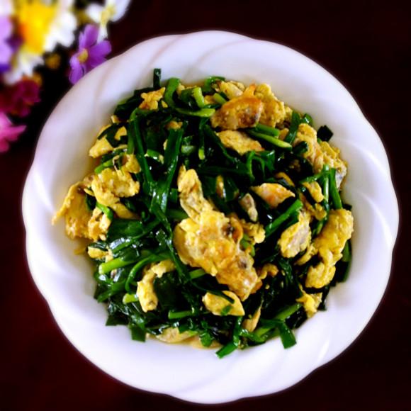 家常花蛤鸡蛋炒韭菜