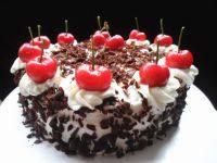 美味的黑森林蛋糕