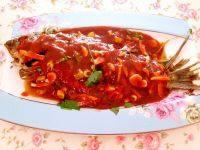 家常菜茄汁鲤鱼