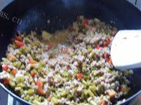 爱上肉末酸豇豆