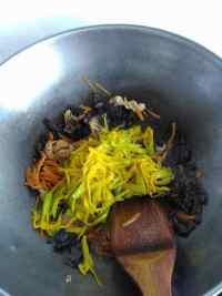 家常菜黄花菜炒肉