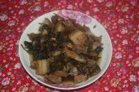 家常菜酸菜炖五花肉