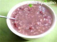 养颜的红豆薏米粥