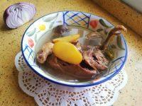 在家做的鸽子汤