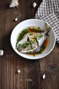 家常菜葱油鲳鱼