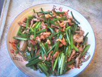 韭菜花炒肉(家庭版)