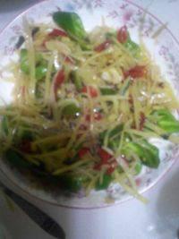 雪菜花生米炒茭白