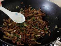 雷笋炒肉丝