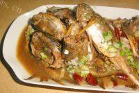 美味的焖黄花鱼