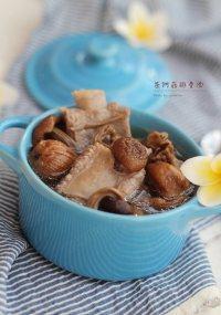 让人怀念的茶树菇排骨汤
