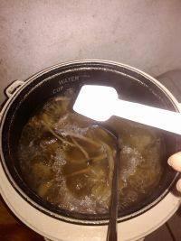 在家做的茶树菇排骨汤