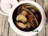 香气浓郁的茶树菇炖鸡