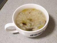 美味早餐香菇青菜粥