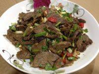 营养丰富的凉拌牛肉