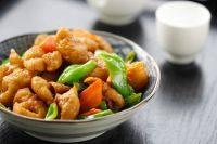 家常菜青椒爆肥肠