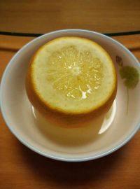 清香的盐蒸橙子