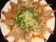 美味的蒜香蒸虾