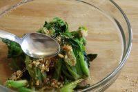 家常菜芝麻拌菠菜