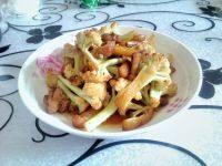 自制菜花炒肉