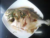 鲜香的清蒸金鲳鱼
