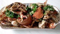 食欲满满的红烧螃蟹