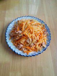 健康的胡萝卜炒土豆