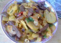 家常菜肉炒土豆片