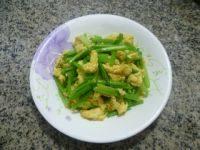 家常菜鸡蛋炒芹菜