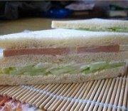 可口的火腿三明治