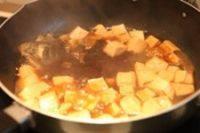 家常菜鱼炖豆腐