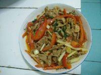 家常菜甜椒肉丝