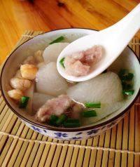 家常菜干贝萝卜汤