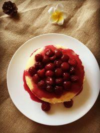 美味的樱桃芝士蛋糕