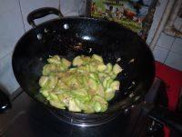 家常菜虾皮炒西葫芦