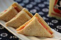 清香的火腿三明治