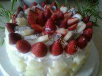 美味的草莓奶油蛋糕