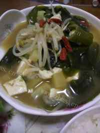 美味的韩式大酱汤