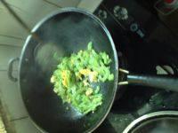 家常菜鸡蛋炒苦瓜
